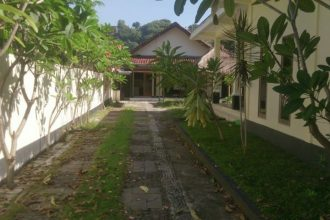 for sale Villa - House senggigi